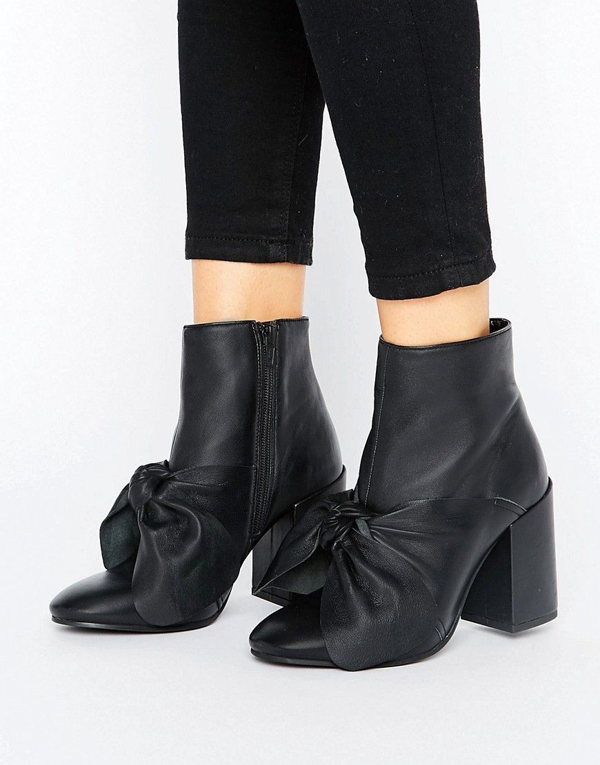 ASOS EDIE Leather Boots whdywgX9Xs