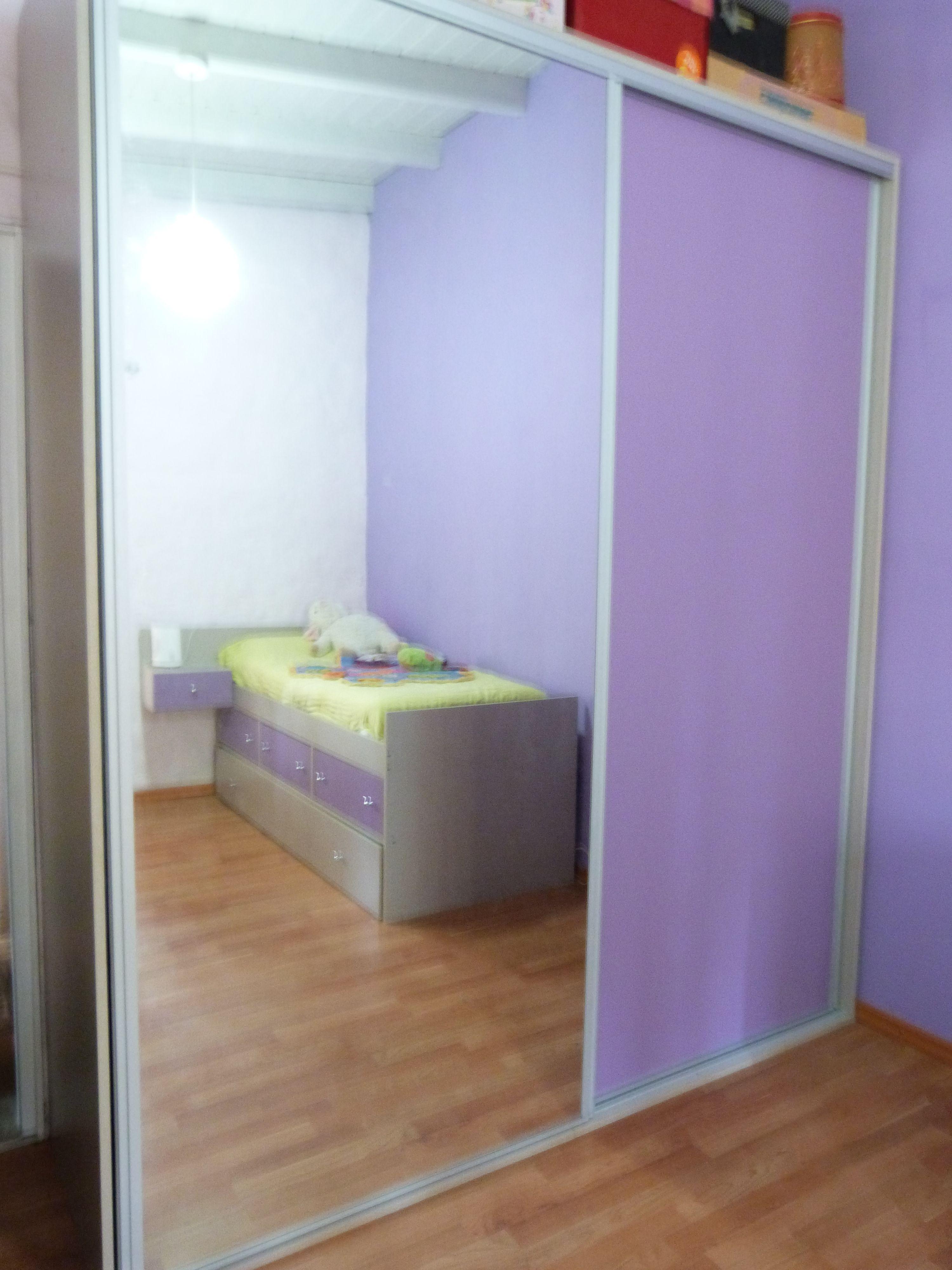 Placard de dos puertas corredizas con espejo placares for Espejo para puerta