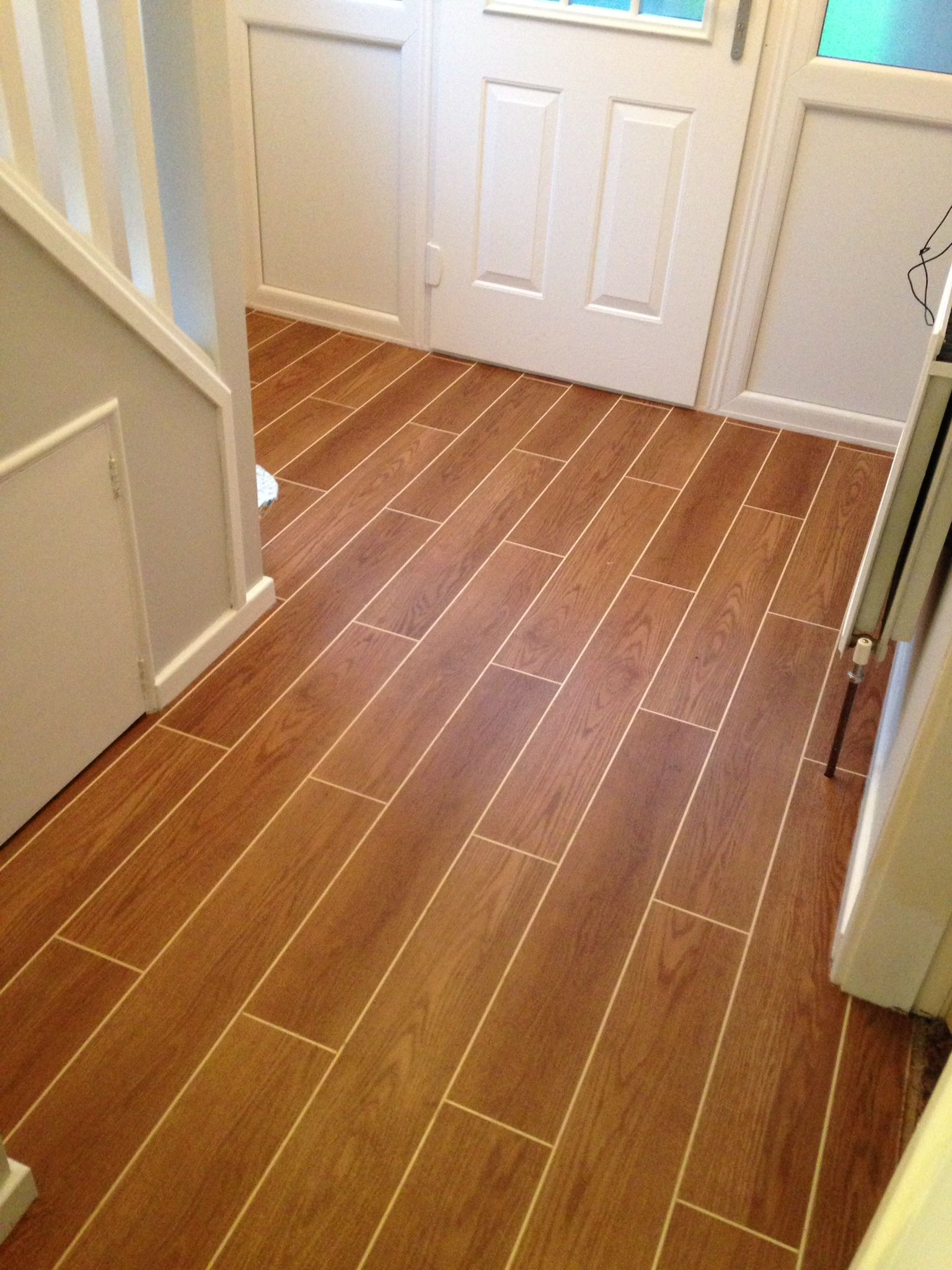 This Is Part Of The Tlc Range Colour Clic Oak With Cream Grout Strips