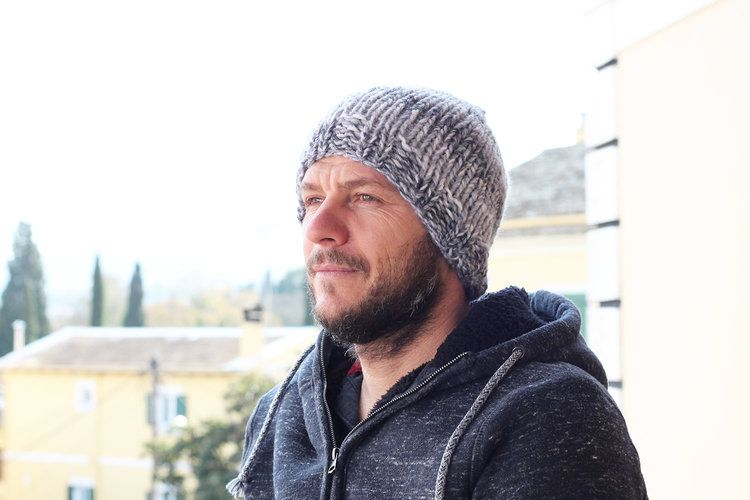 Free men's winter hat knitting pattern