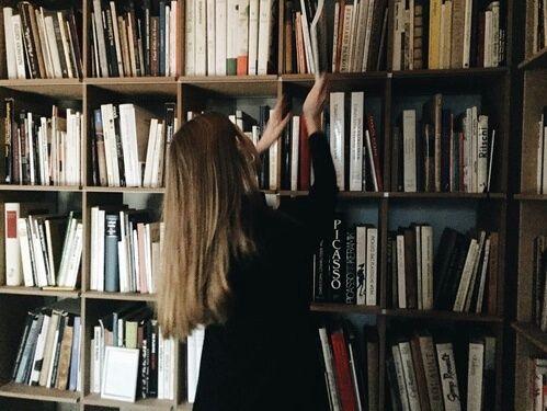 Výsledek obrázku pro old books tumblr