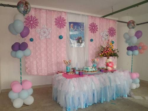 Decoracion con globos de frozen buscar con google for Decoracion simple con globos
