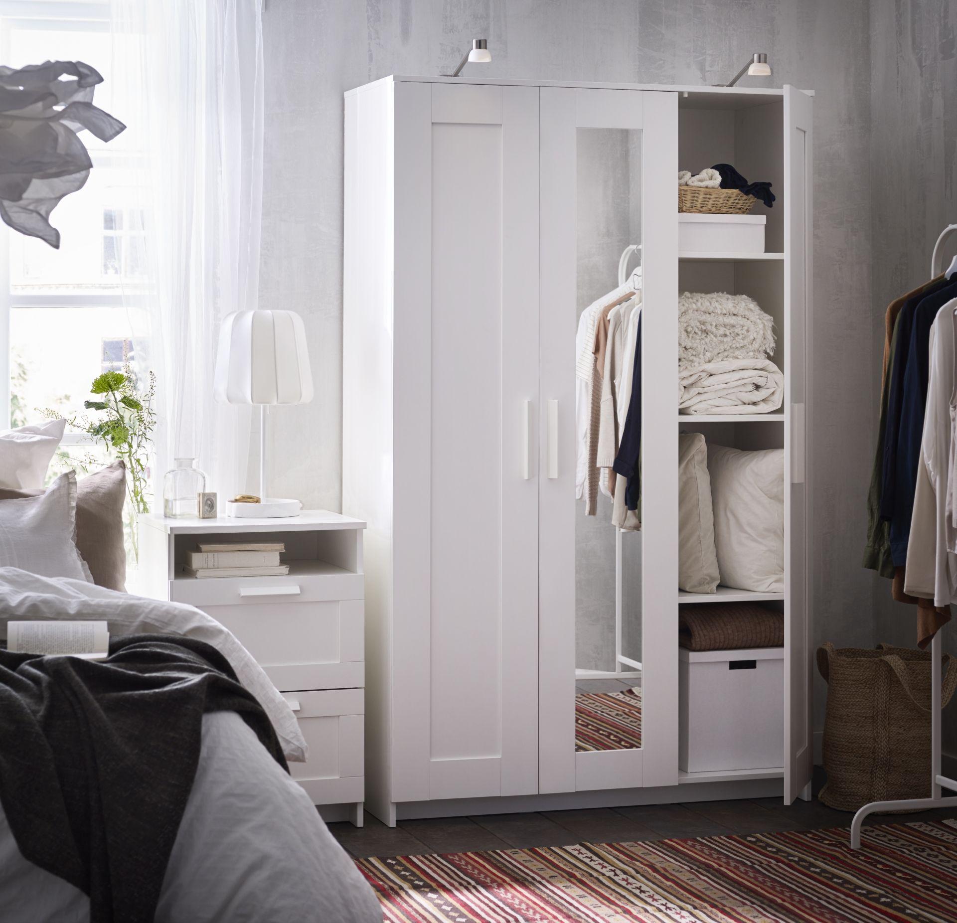 Mobel Einrichtungsideen Fur Dein Zuhause Brimnes Kleiderschrank Ikea Kleiderschrank Weiss Ikea Schrank