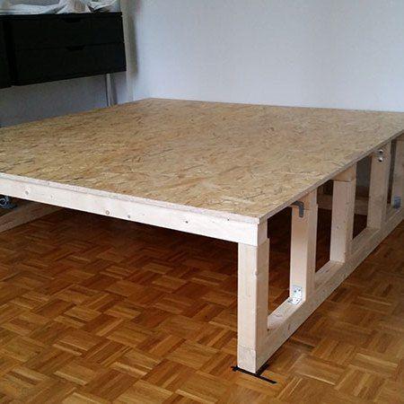 wie wir uns ein podest bauen eine diy anleitung bauen podest bauen platzsparende m bel. Black Bedroom Furniture Sets. Home Design Ideas