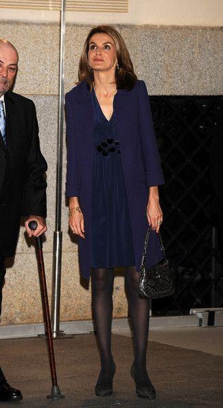 Queen+Letizia+Spain+Princess+Letizia+Attends+drJL8SFasJXl.jpg (325×594)