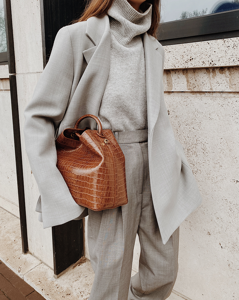 All Grey | MODEDAMOUR #womensfashion
