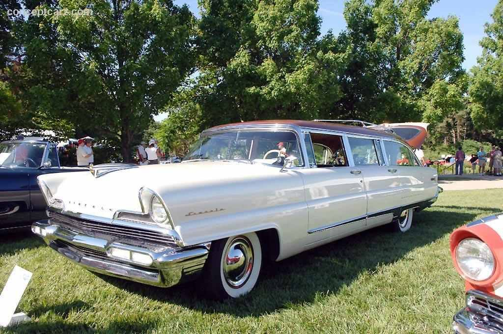 We Love Lincoln's Past, Present And Future...,: 1956 Lincoln Custom Pioneere