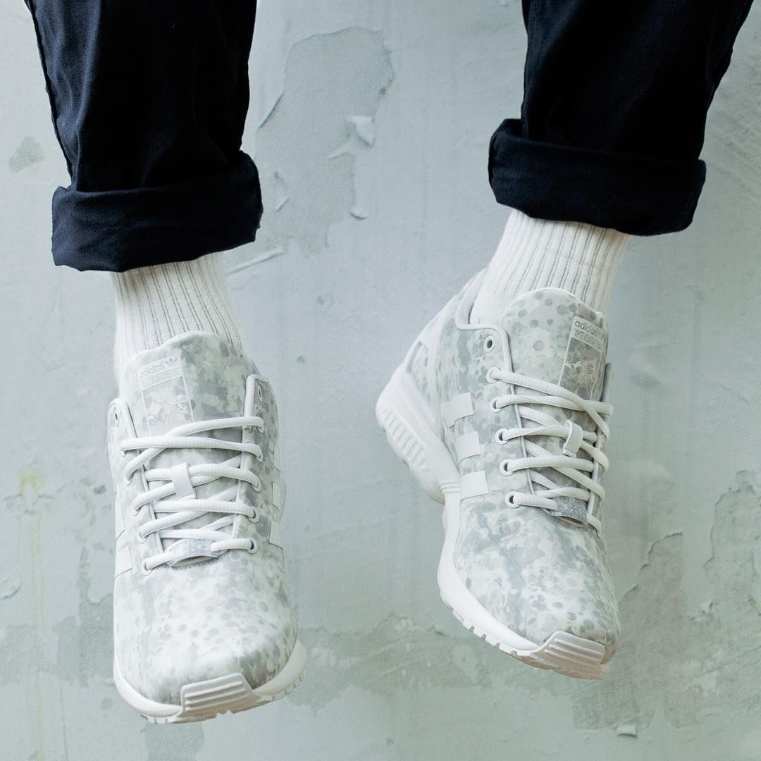 69c7f071ff5a6 White Mountaineering x adidas Originals ZX Flux