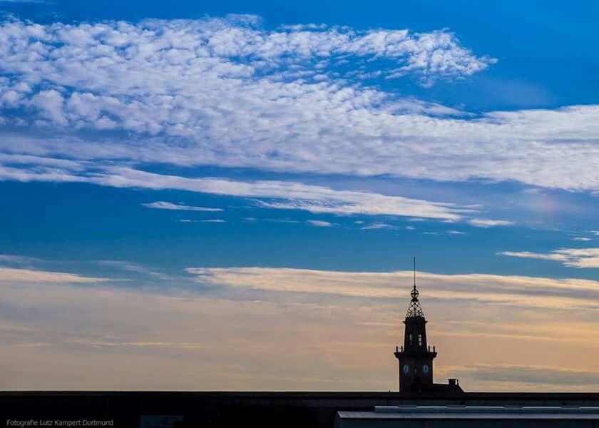 Altes Hafenamt Dortmund and the sky
