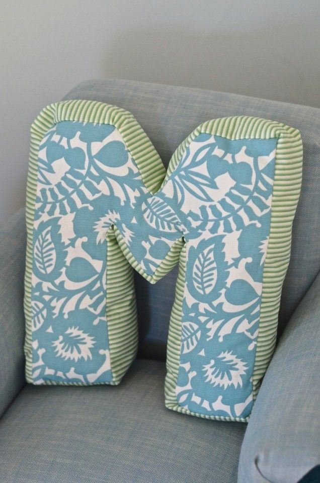The Cutest DIY Letter Pillow!! This Easy DIY Project Is So Cute An Fun Amazing Design