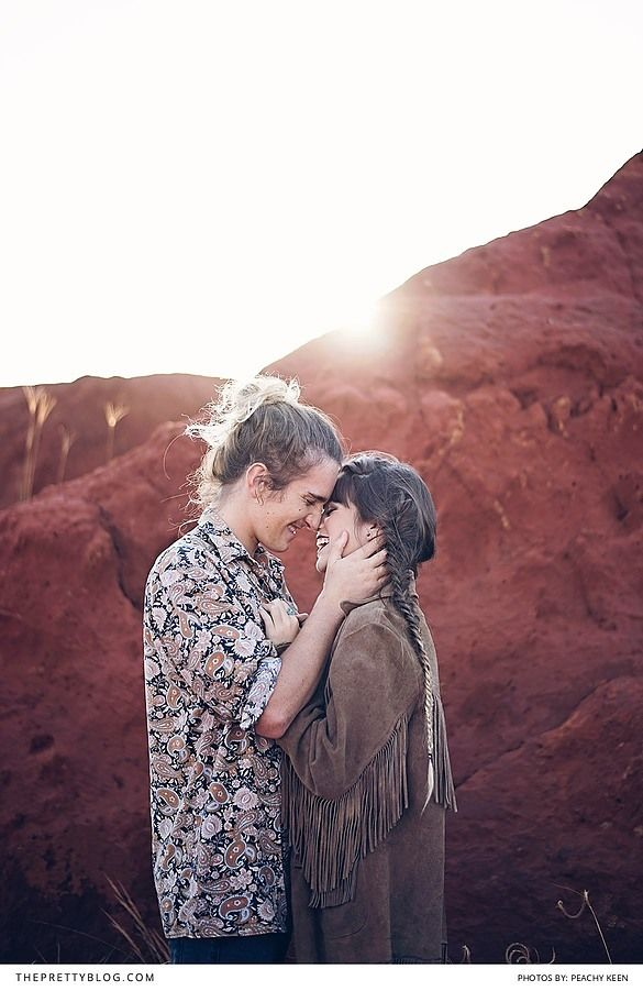 70s inspired couple shoot in the dessert | Peachy Keen Photography | Hair: Laurian De Beer | Make-up: Kerry-Lee Greco | Wreath: Dear June | Clothes and Styling: Tayla Lange |