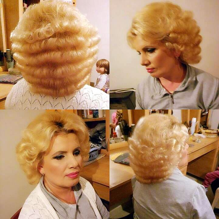 Pin By Blond Bouffant On Curlers And Rollers
