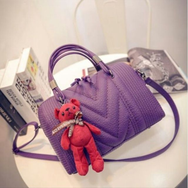 Ready stock.  . Cantik banget ! Kode #85673TCB 210.000 ( Belum ongkir) Size 30x15x25cm ( PxLxT ) Bahan PU Leather ( High Quality ! ) Warna Gray. Purple. Black Open  zipper 0900gr Ada tali panjang  Shipping from Batam  Order via  BBM: 5D182CFF Line: tascantik_terbaru WA: 087822690288 Inbox FB Tascantik Terbaru  BCA. MANDIRI. BRI  JNE  Tidak ada sistem keep pay first get first.  Happy shopping ladies ?? #tasbatammurah #tasimportmurah #taskorea #tasfashion #tasbatammurah #tasimportmurah…