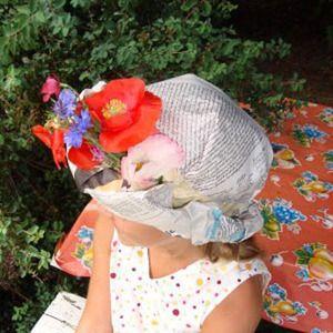 906ffea801ae5 Sombreros de papel de periódico y flores - Manualidades de papel y cartón -  Manualidades para niños - Charhadas.com