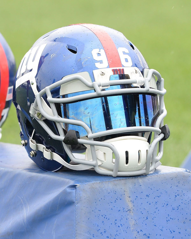 New york giants football helmet football helmets