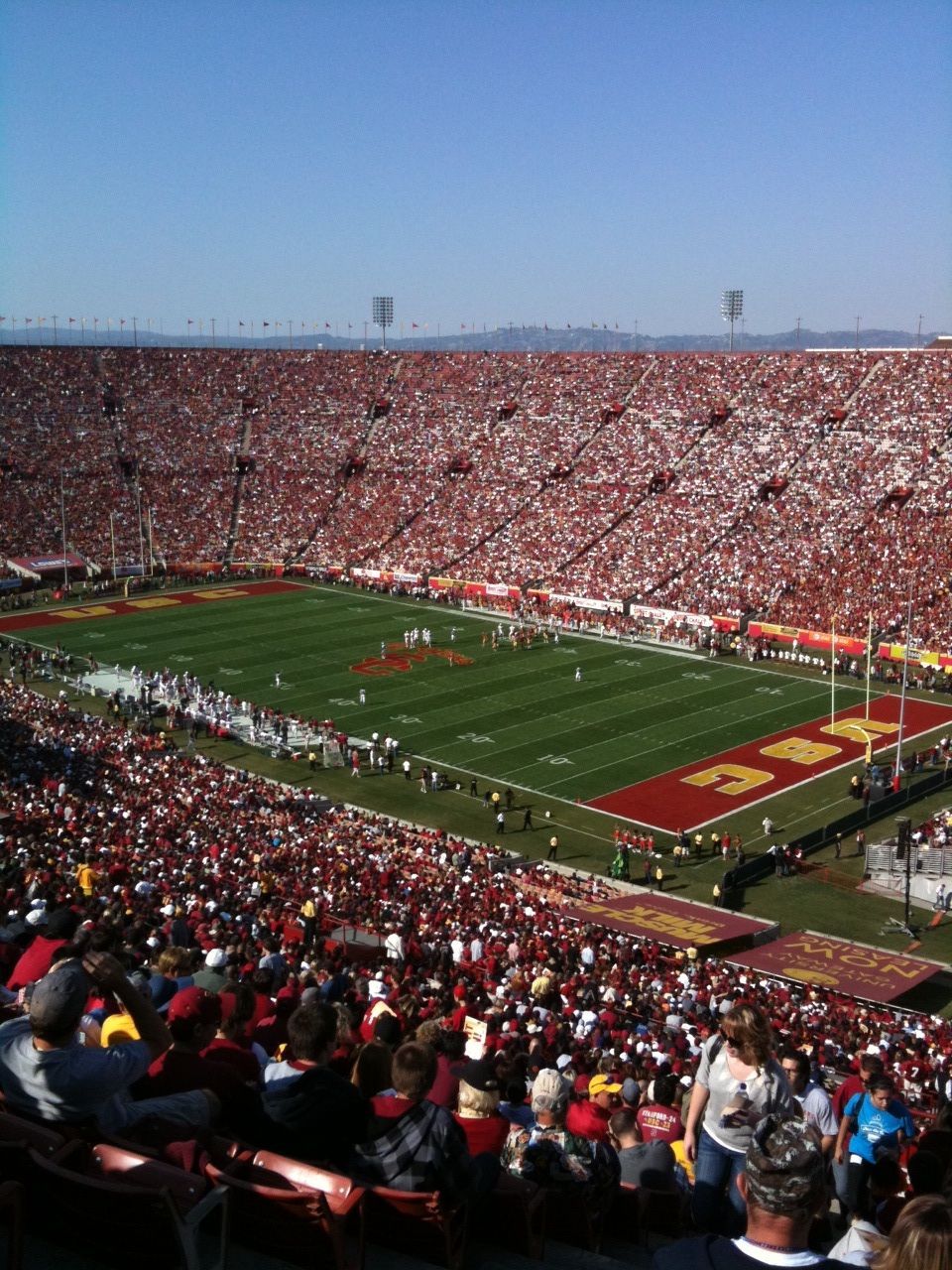 Usc Football Los Angeles Memorial Coliseum Maybe We Ll Make It To A Game This Year Usc Football University Of Southern California Usc Trojans