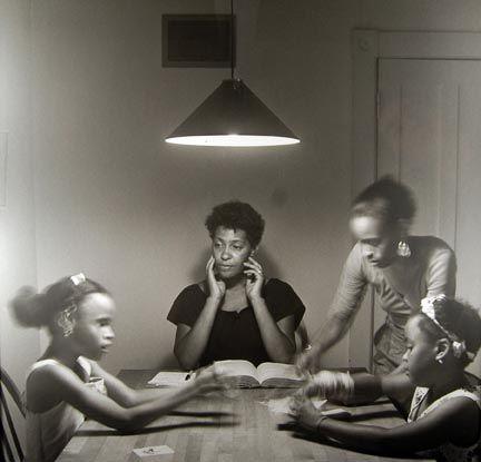 Kitchen Table Series Carrie Mae Weems 黑白摄影作品 Pinterest
