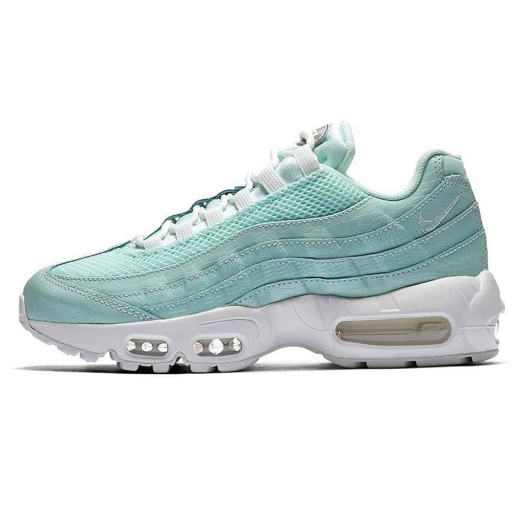 "best service e595d 3b061 nike covers the Air Max 95 in ""Igloo Snakeskin"" for the Spring."