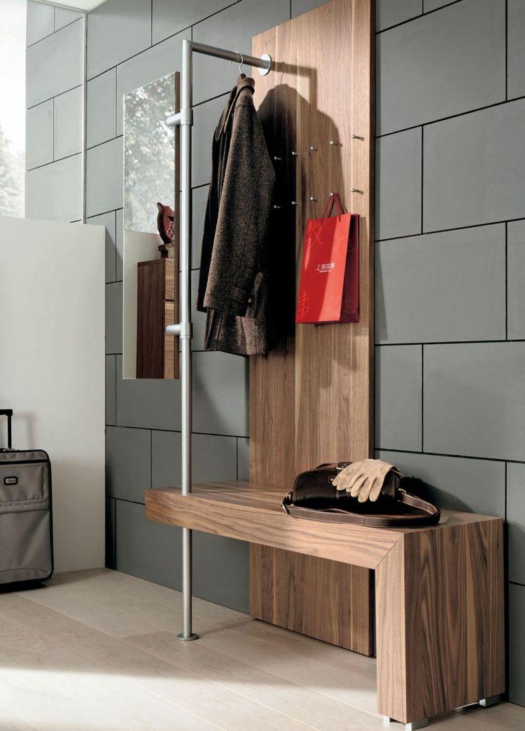 Garderoben Modell Hallway Huelsta Sitzbank Koffer Jacke