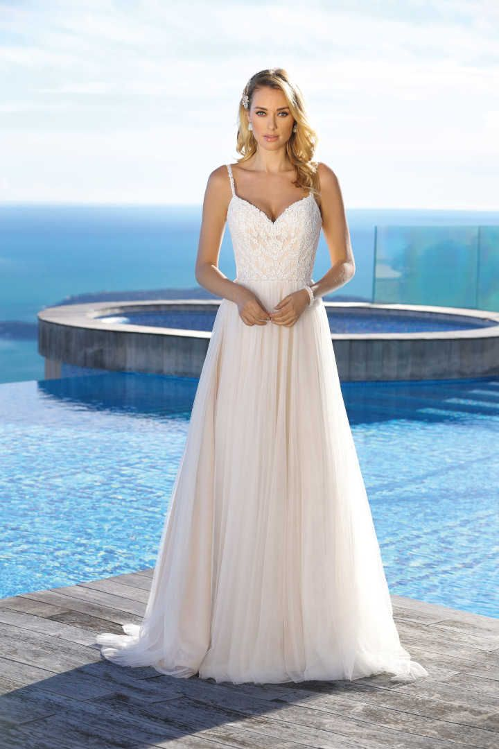 Brautkleid mit Farbe
