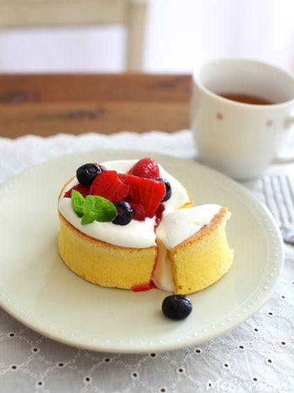 ふわふわパンケーキ 苺ソース レシピ
