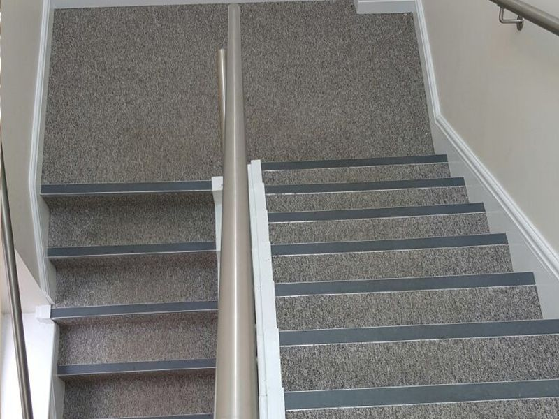 Best Stairs Stairs Commercial Carpet Carpet Stairs 400 x 300