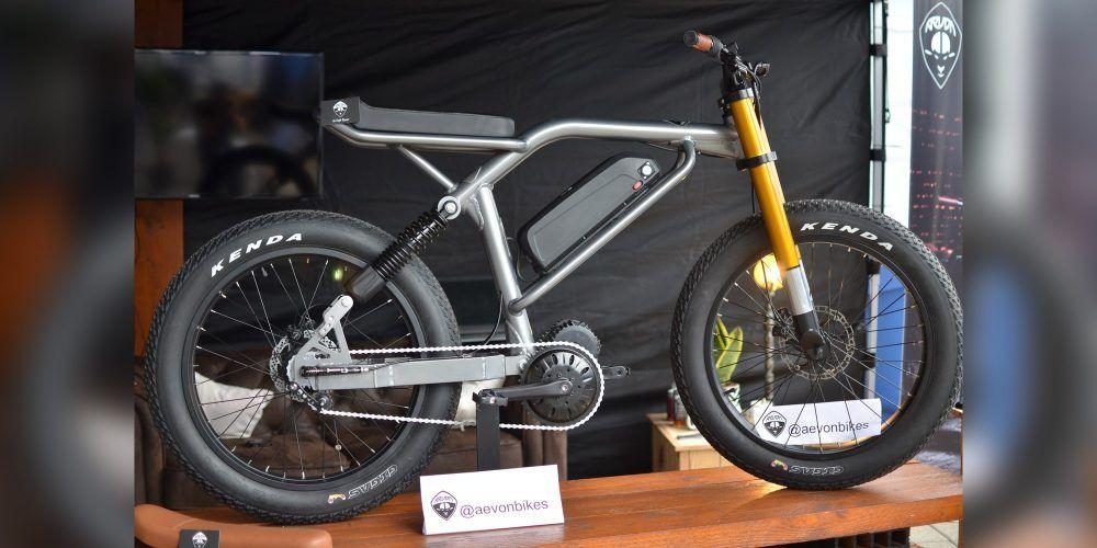 Aevon Le Cafe Racer E Bike W 31 Mph 50 Km H Top Speed Makes