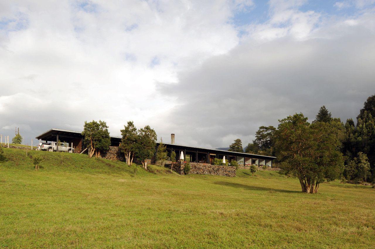 Galería - Casa en el lago Rupanco / Izquierdo Lehmann - 3