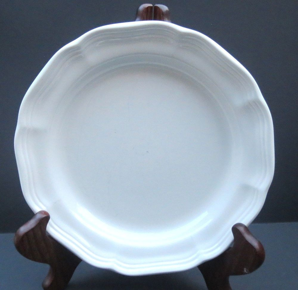 Mikasa Salad Plate French Countryside White Scalloped