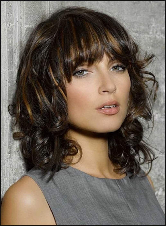 Lockiges Haar Mitte Länge Frisur Mittlerer Länge Curly Frisuren