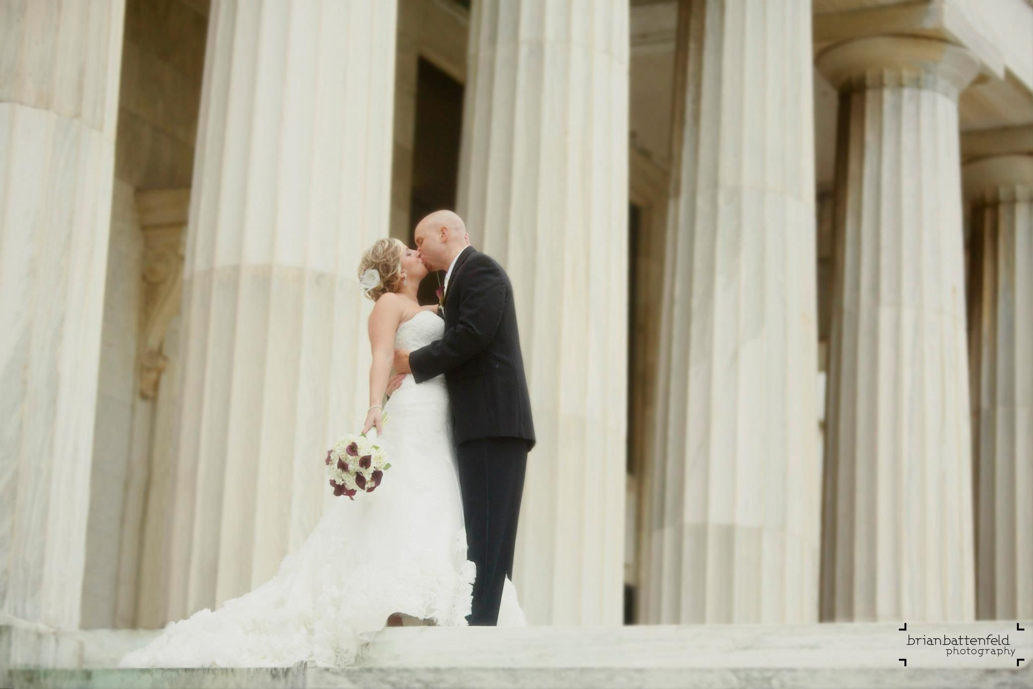 Bride And Groom Kissing At The Buffalo Historical Society Shot While Working With Andy Buscemi