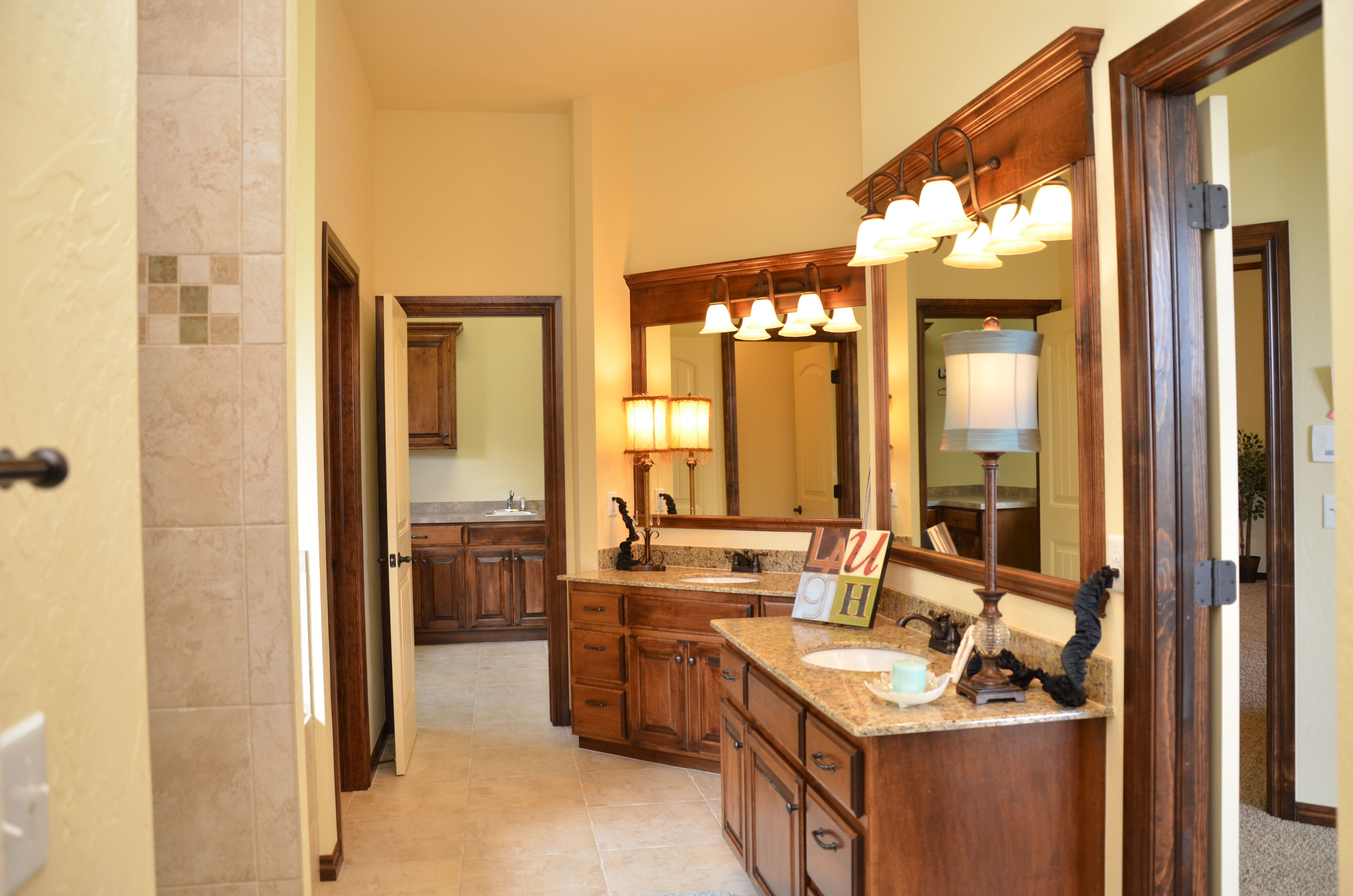 Master Bath Granite Tile Walk In Shower Home Builders Sw Okc