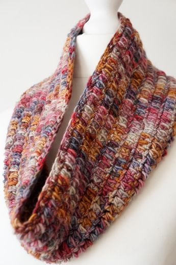 One Skein Cowl Free Crochet Pattern By Littledoolally Scarves