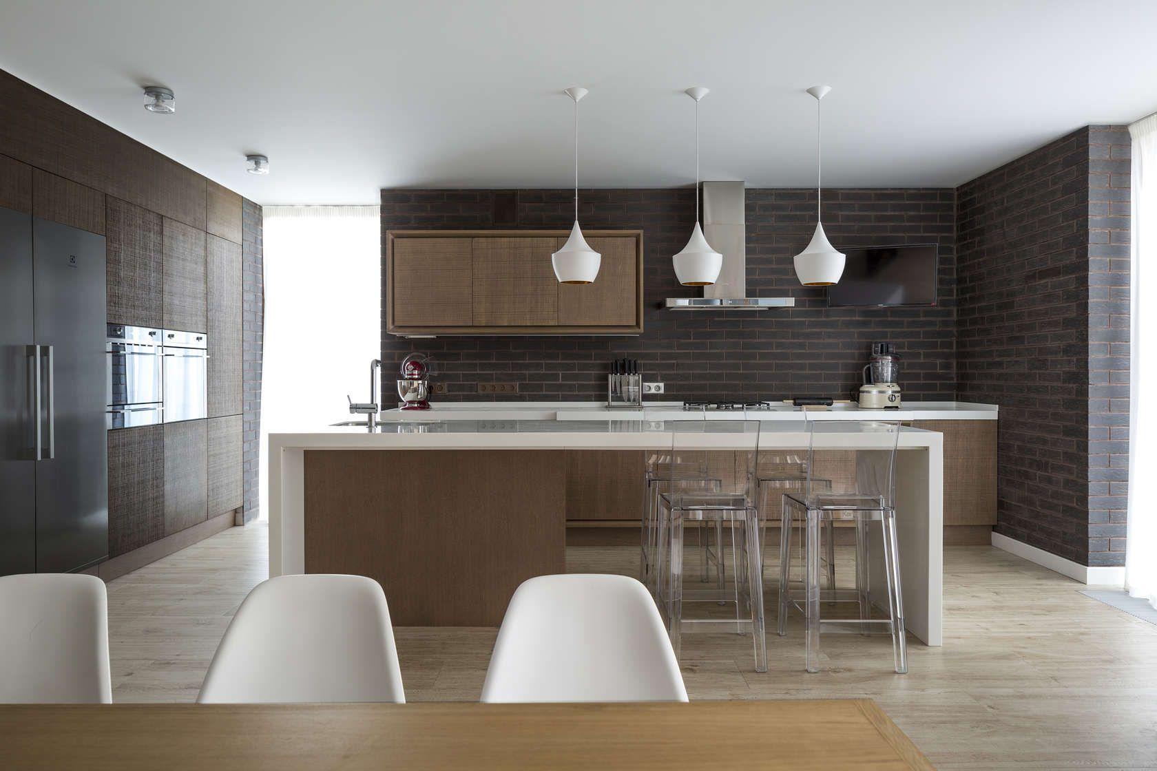Diseño de casa de madera de dos pisos, moderna y armoniosa ...