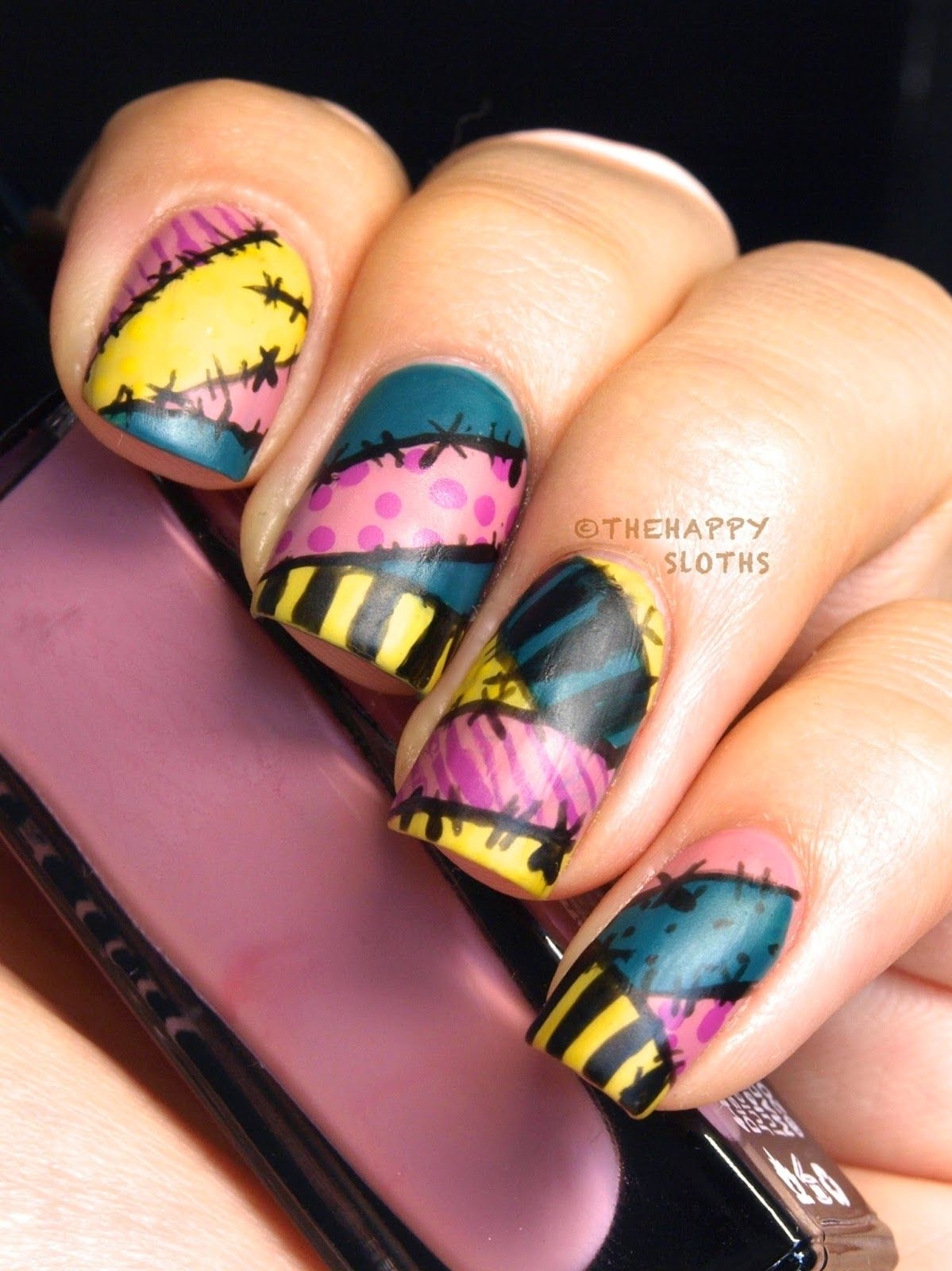 Nightmare Before Christmas Sally Nails | hands beauty | Pinterest ...