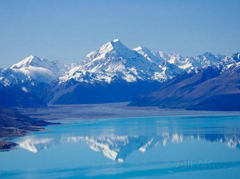 Aoraki, Mt Cook and Lake Pukaki, South Canterbury, South Island, New Zealand Photographic Print by David Wall at AllPosters.com