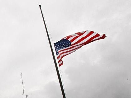 Memorial Day Flag Etiquette Days Flags Should Be Flown At Half