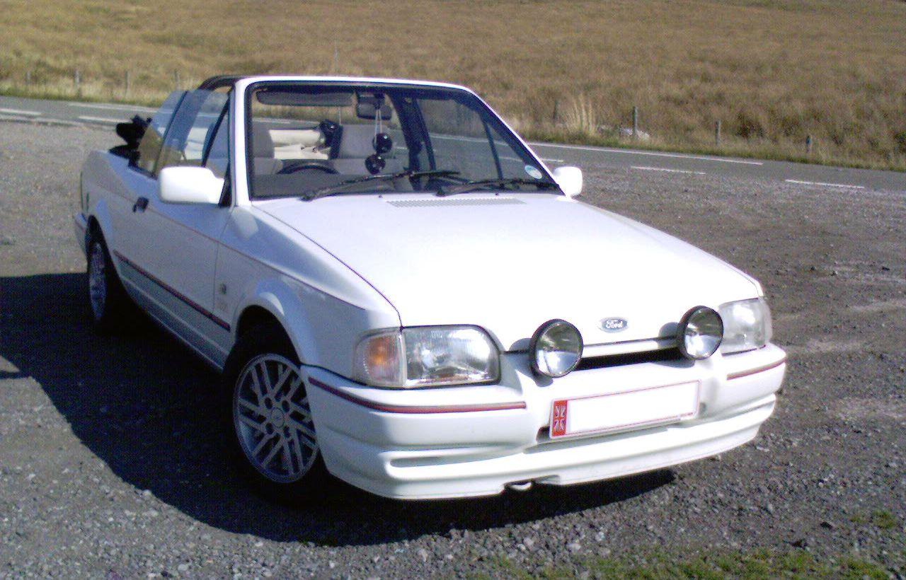 Ford Escort XR3i Cabriolet.