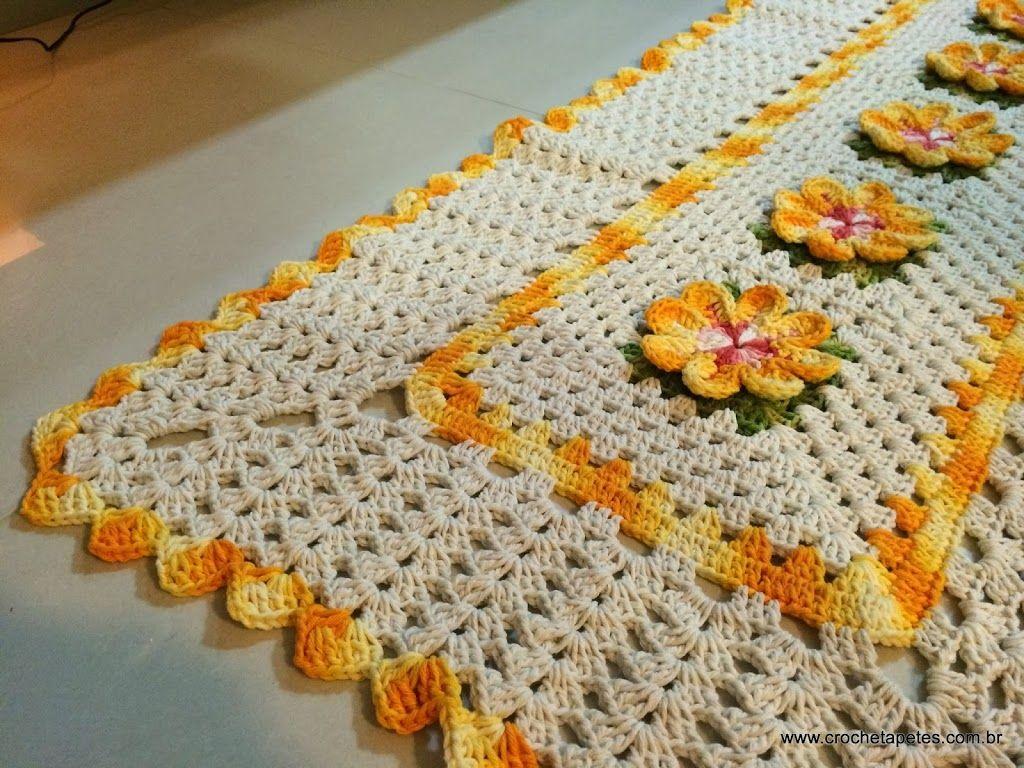 Passadeira de croche com flores e grafico
