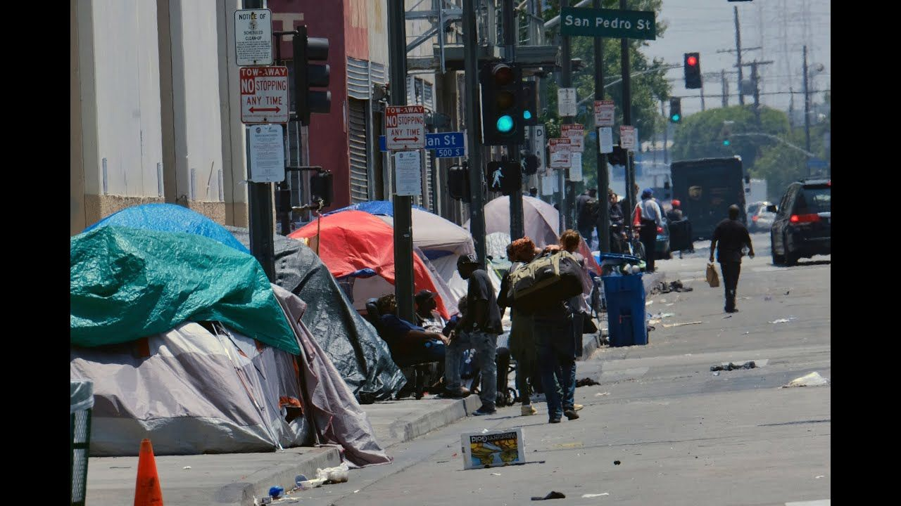 Homeless People Given Hotel Rooms In La In 2020 Homeless People Homeless Los Angeles County