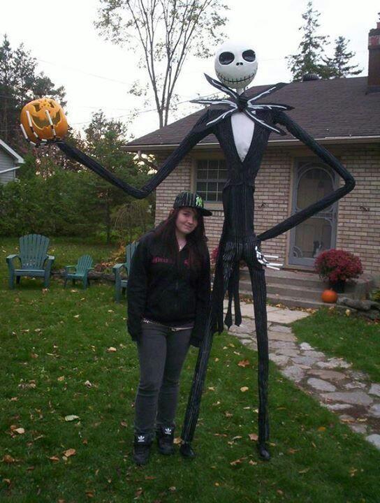 Halloween decorations / IDEAS  INSPIRATIONS Halloween decorations - life size halloween decorations
