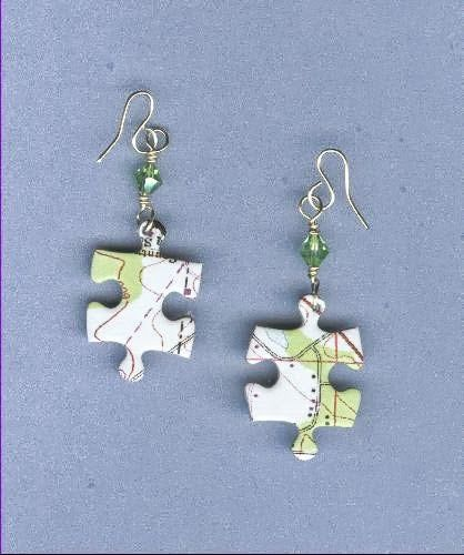 Recycle old puzzle pieces into earrings - Recycle Lovers