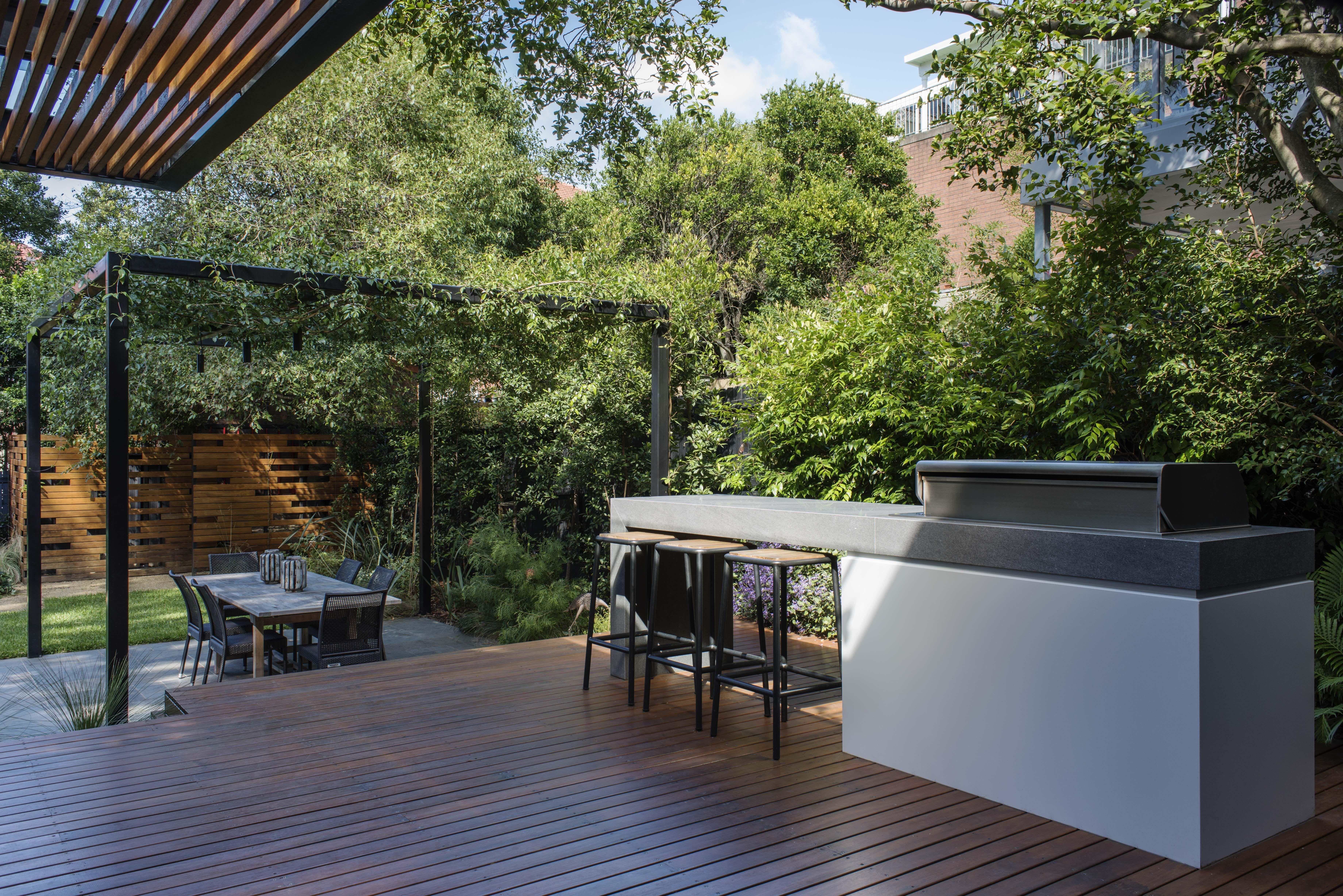 Modern BBQ area   Outdoor kitchen in 2018   Pinterest ...