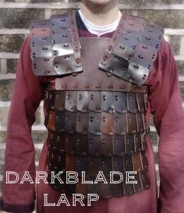 Buckled Lamellar Armour