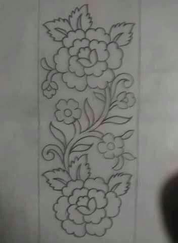 Dilshad Alvi Adli Kullanicinin Broderie Panosundaki Pin Nakis Desenleri Nakis Tasarimlari Boncuklu Nakis