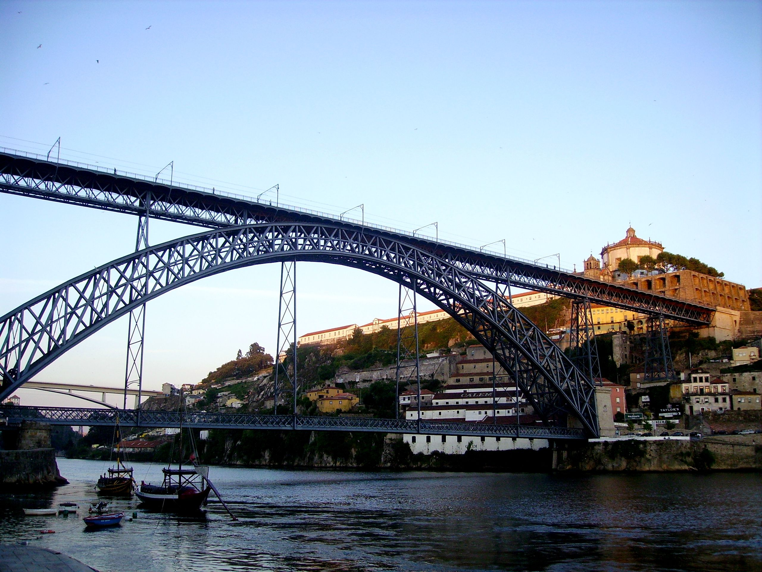 Cidade-Porto-Gaia-Ponte-Douro-Rio