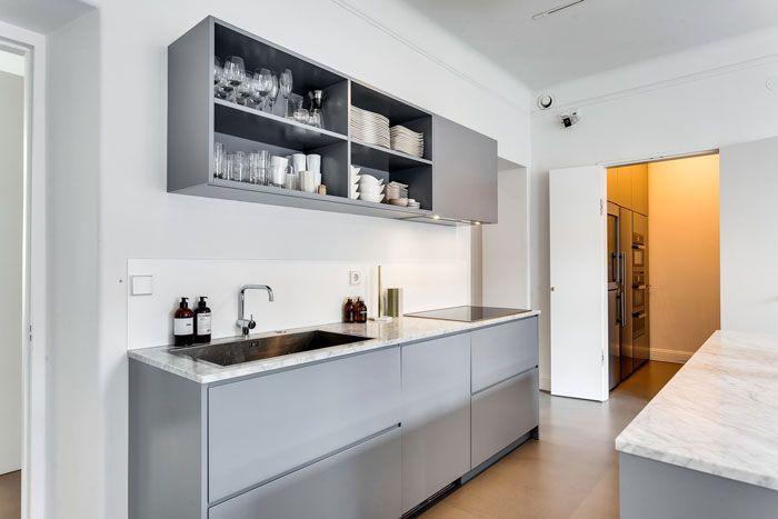 Apartamento moderno industrial con decoración masculina: cocina con ...