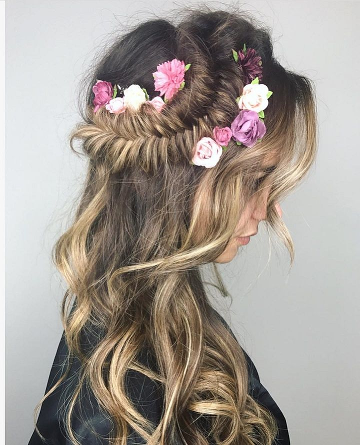 Pretty fishtail crown braid hair down inspiration | #braids #crownbraids #updo #hairdown #hairstyles #fishtailhair #weddinghair #dutchbraidhairideas
