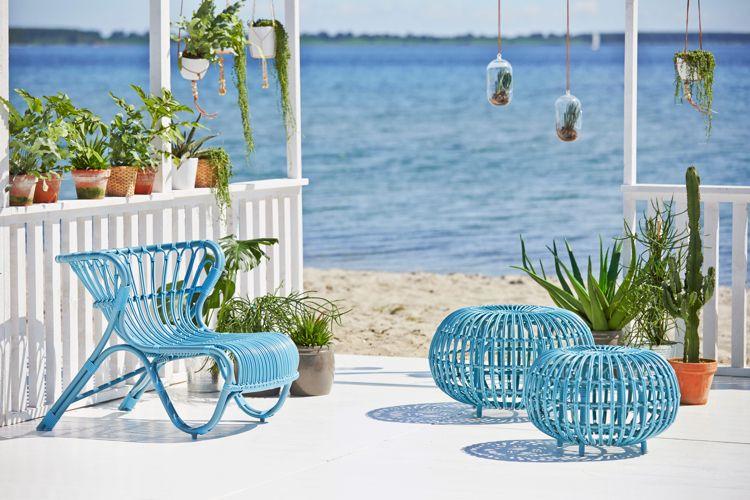 blaue Lounge Möbel für maritimes Gefühl auf der Terrasse DIY und