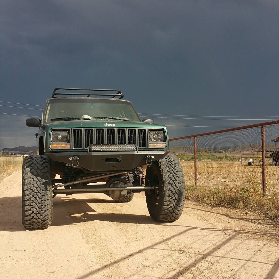 No Filter Needed For This One Jeep Cherokee Xj Jeepcherokeexj Fullwidth Orfab Azwheeling Arizona Jeep